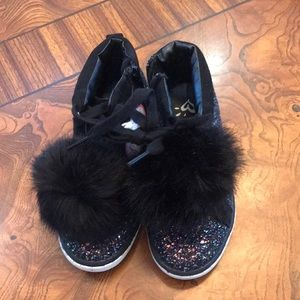 Justice Girls 13 Glitter Shoes w/PomPoms NWOT